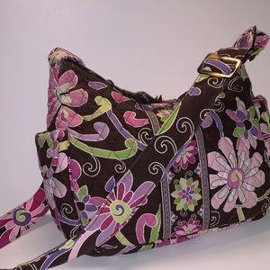Vera Bradley Shoulder Bag. (390209 018)